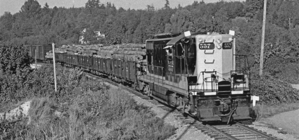 Kirkland-NP-GP7-557-leading-Woolley-Local-south-across-Bridge-17-1952-NPRHA-JMF02-03769.0-PNRA