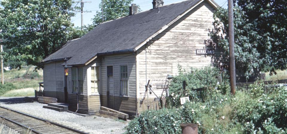 Kirkland-depot-1964-07-27-Perry-Brunson-via-Walt-Ainsworth-NPRHA-PNRA